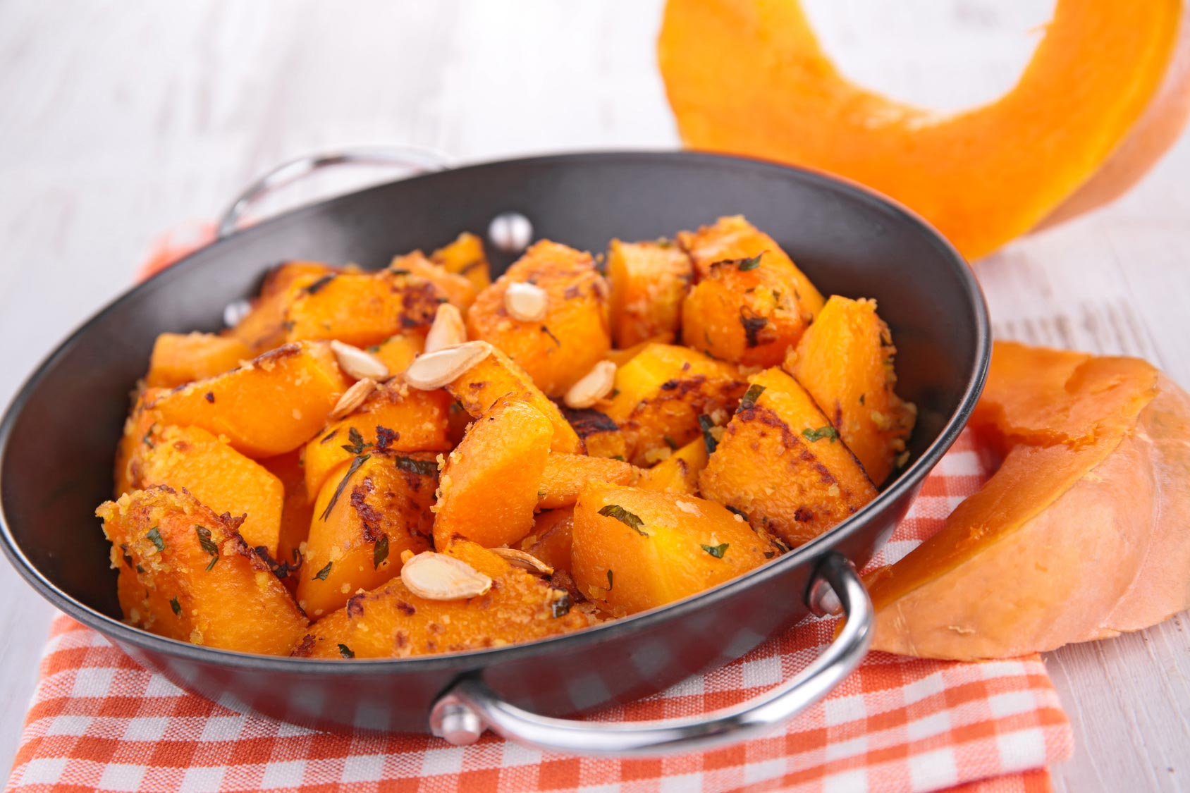 Sweet and sour pumpkin / zucca rossa in agrodolce